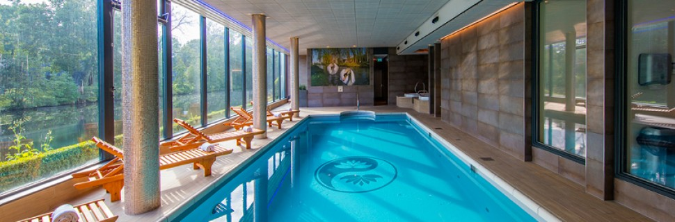 Swimming pool hotel mitland utrecht netherlands - Swimming pool maintenance auckland ...